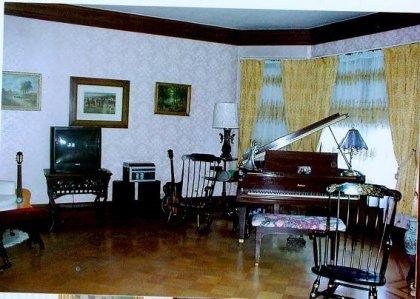 parlour-nov-2000